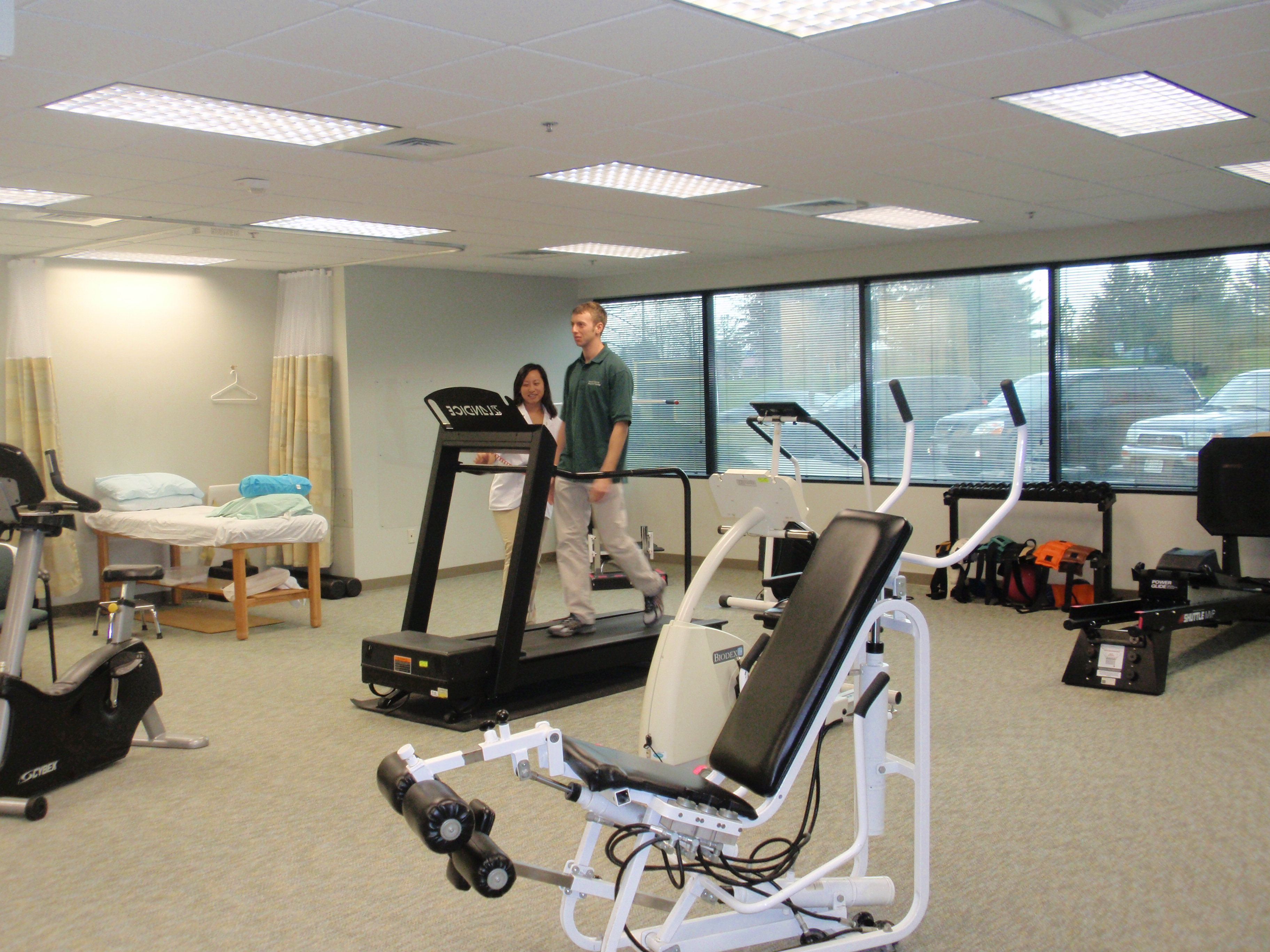 About physical therapy - Howard County Physical Therapy Gym 3